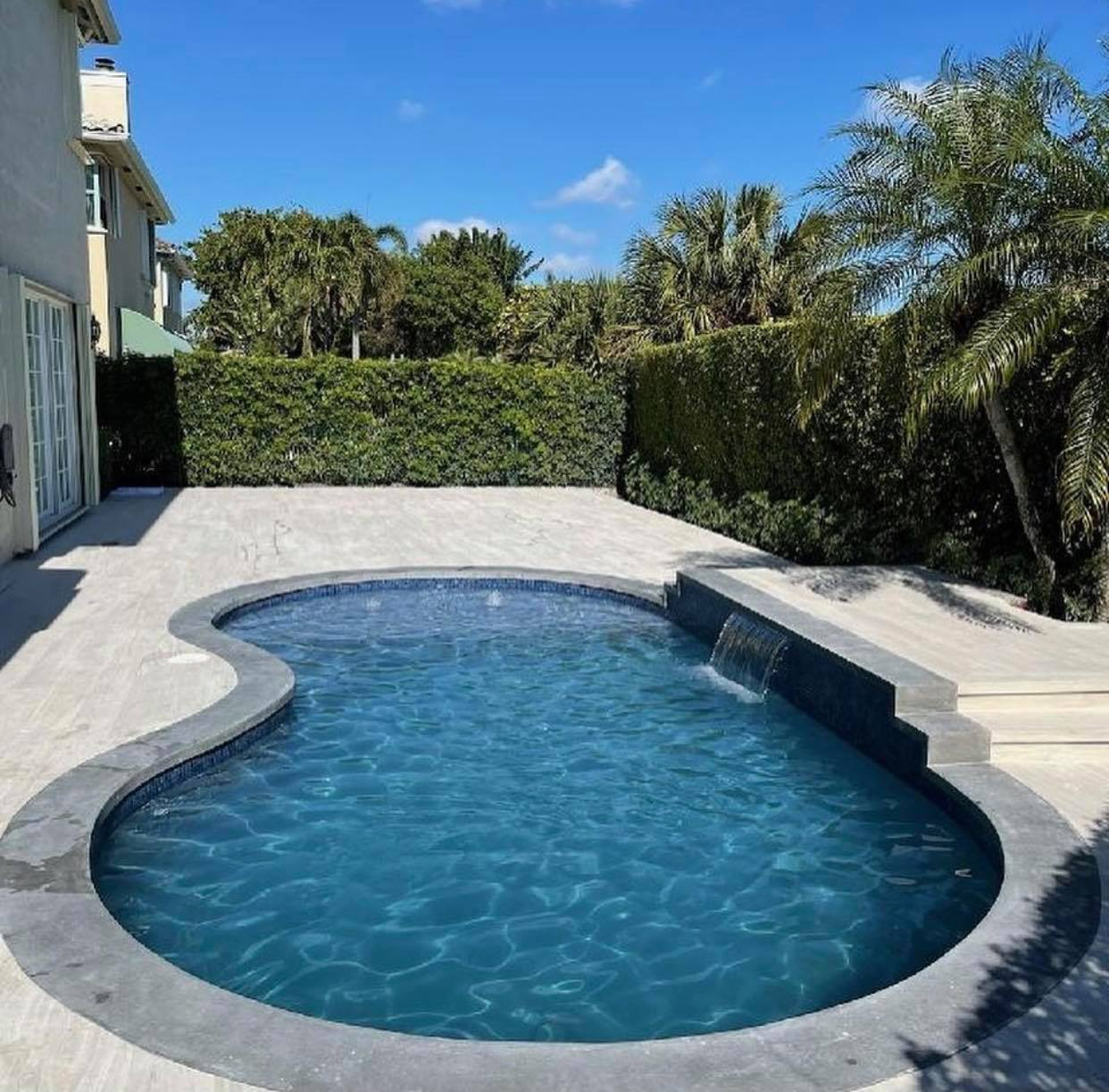 Pool Coping (Boca Raton, FL)